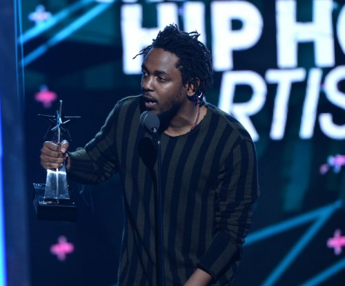 Kendrick Lamar, Taylor Swift dominate 2016 Grammy Award nominations