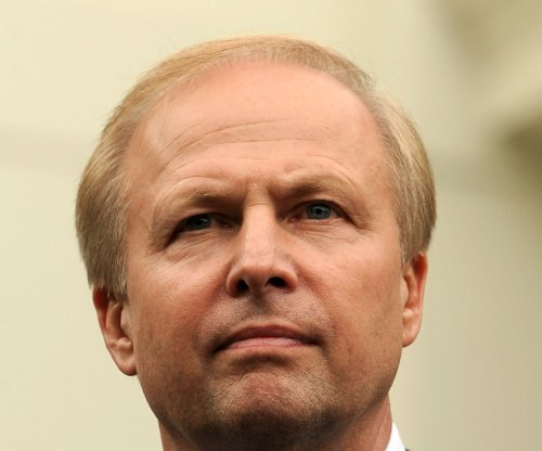BP revises pay, posts cut for CEO Dudley