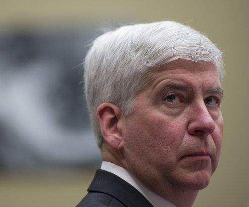 Michigan tightens screws on pipeline company Enbridge