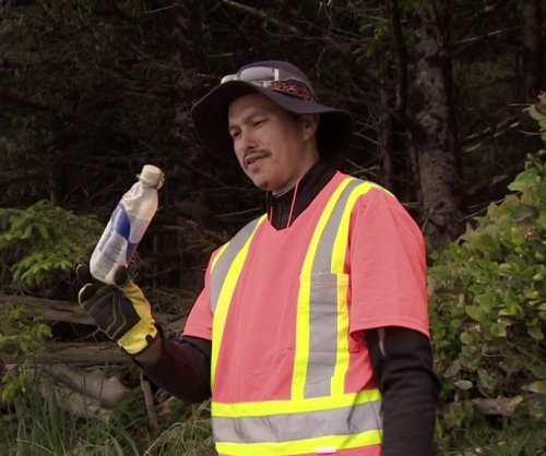 British Columbia coastal cleaning crew finds 9-year-old message in a bottle