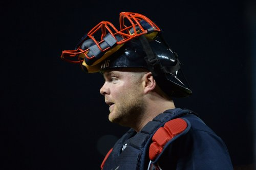 Catcher Brian McCann signs with N.Y. Yankees