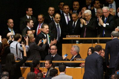 U.N. votes to upgrade Palestine status