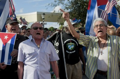 Cuba reportedly releases 28 political prisoners