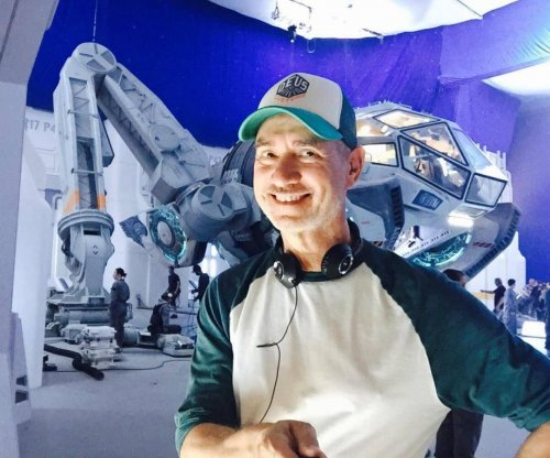'Independence Day' sequel officially titled, photos from set released