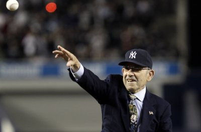 Spielberg, MLB hall of famers among 17 to receive Presidential Medal of Freedom