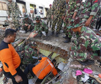 Death toll in Indonesia earthquake passes 100