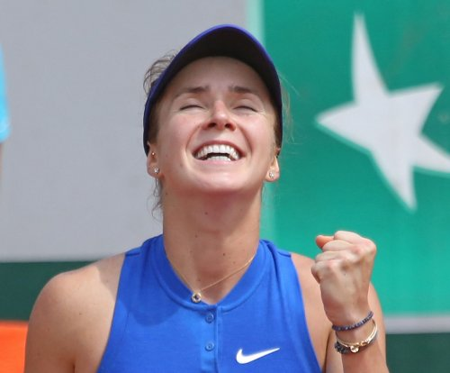 Elina Svitolina upsets Angelique Kerber to reach Dubai final