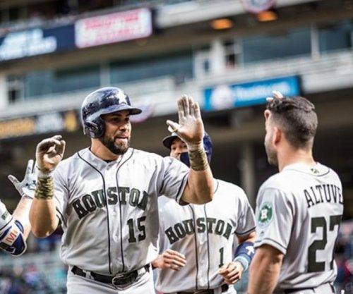 Carlos Beltran, Houston Astros stay hot through delay to blast Minnesota Twins