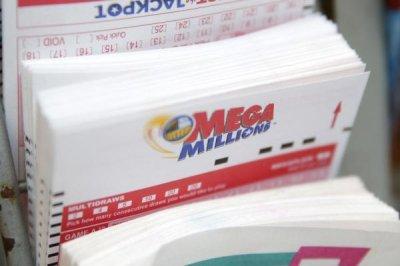 Mega Millions, Powerball jackpots near combined $1B