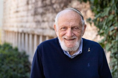 Mathematicians in U.S., Israel share Abel Prize