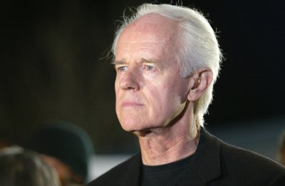 mike farrell obituary