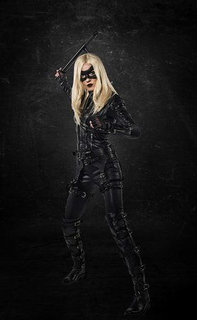Katie Cassidy stars as Black Canary in promo for 'Arrow'