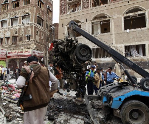15 killed in attack on Yemen hotel where prime minister lives