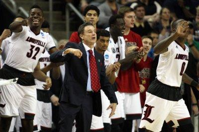 Louisville recruit JaQuan Lyle meets NCAA investigators