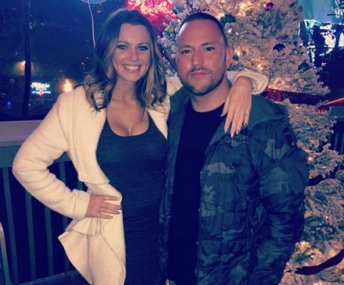 Bubba Sparxxx engaged to Miss Iowa 2010 Katie Connors