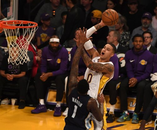 Surging Los Angeles Lakers continue road trip against Memphis Grizzlies