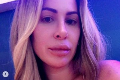 Kim Zolciak goes makeup-free during date night