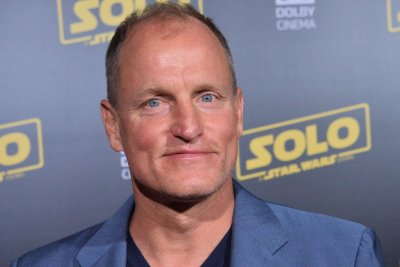 Woody Harrelson, Kevin Costner meet in first 'Highwaymen' image