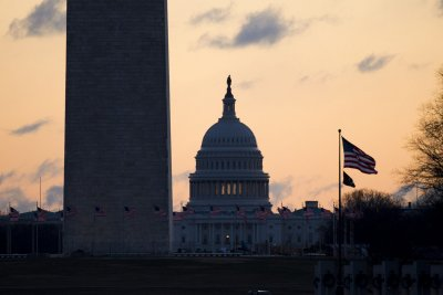 House passes bill granting 2.6 percent pay raise to federal workers