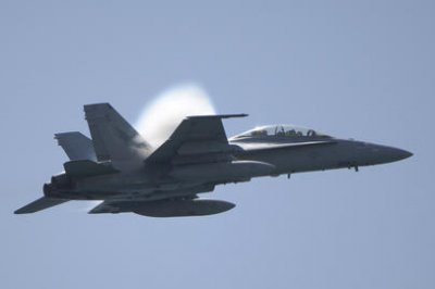 Navy pilot missing after fighter jet crashes in Death Valley NP