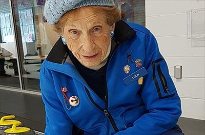 Woman, 102, dubbed world's oldest living curling player