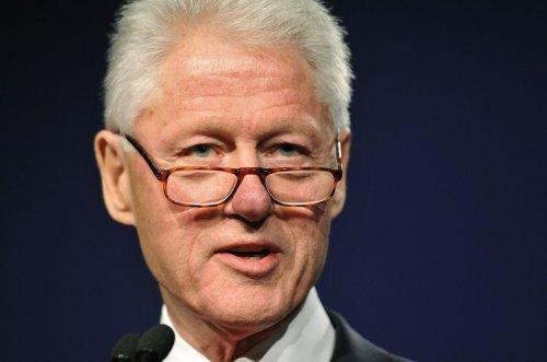 Penn, Clinton appear in online comedy clip
