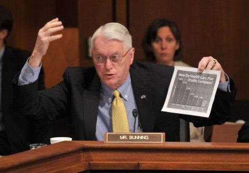 Bunning relents, Senate OKs jobless bill