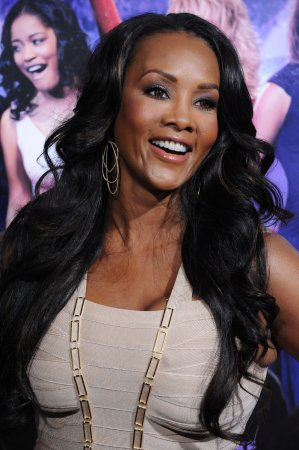 Vivica A. Fox, Andy Dick land 'Sharknado 2' roles