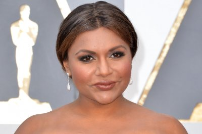 Mindy Kaling: I feel too 'vulnerable' for online dating