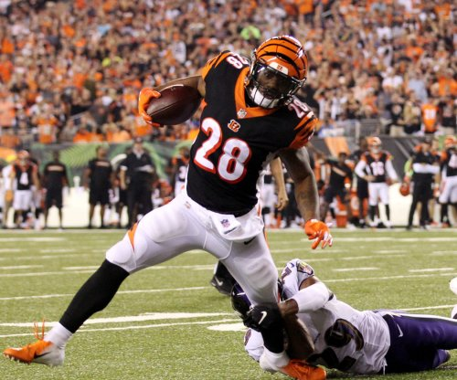 Fantasy Football: Joe Mixon resumes running, cutting