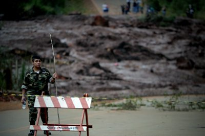 Death toll in Brazil dam collapse rises to 34; hundreds feared dead
