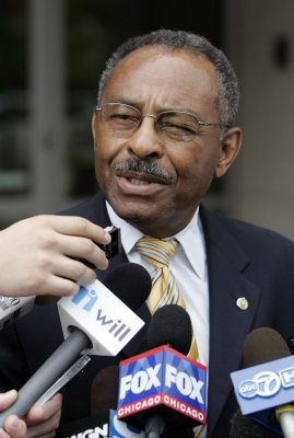 Burris won't seek Senate seat in 2010