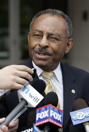 Burris won't seek Senate seat in 2010