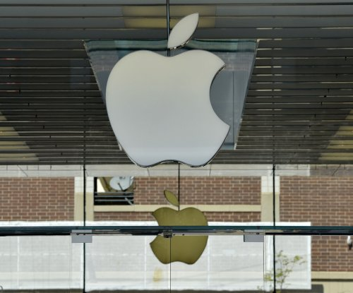 Former Apple executive gets year for taking kickbacks from suppliers