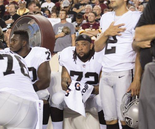 Oakland Raiders OT Donald Penn will undergo surgery, snaps streak of starts