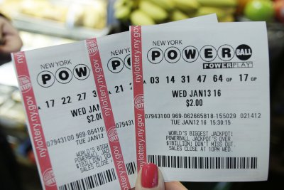 Powerball jackpot jumps to $750M after no winner