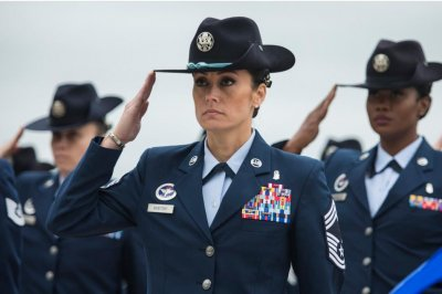 GAO report: Women leave the military sooner than men