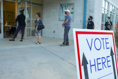 Poll: GOP support for early voting, automatic registration plunges