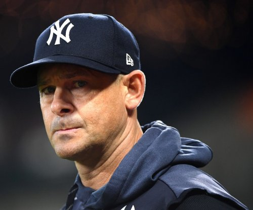 Yankees sign manager Aaron Boone to three-year extension