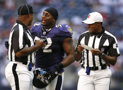 NFL: Baltimore 41, Houston 13
