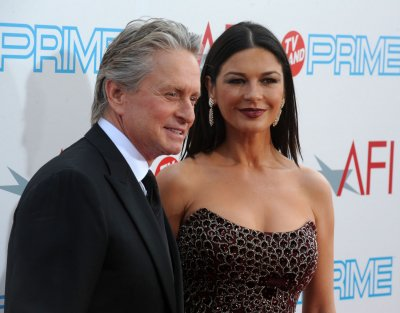 Zeta-Jones to make Broadway debut
