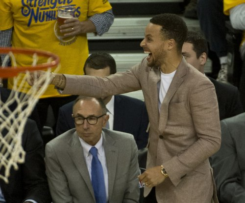 Golden State Warriors' Stephen Curry officially out of Game 3