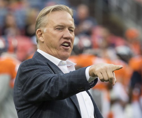Broncos' Elway mulls options with No. 5 overall pick