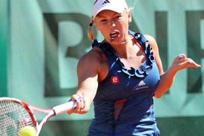 Andreescu stuns Wozniacki at ASB Classic