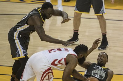 Golden State Warriors' Draymond Green: Ref talk 'embarrassing for the game'
