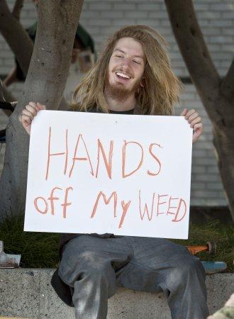 Pat Robertson: Decriminalize marijuana
