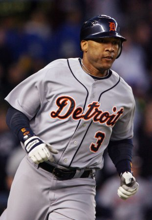 Tigers release Gary Sheffield