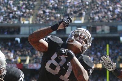 AFC training camp battles: Oakland Raiders, Denver Broncos have TE decisions to make