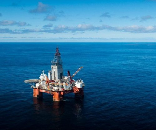 Maintenance drags Norwegian oil production lower