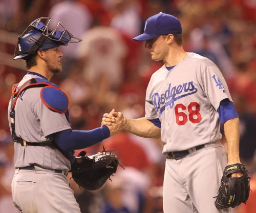 Chicago Cubs, Los Angeles Dodgers go for series win after doubleheader split